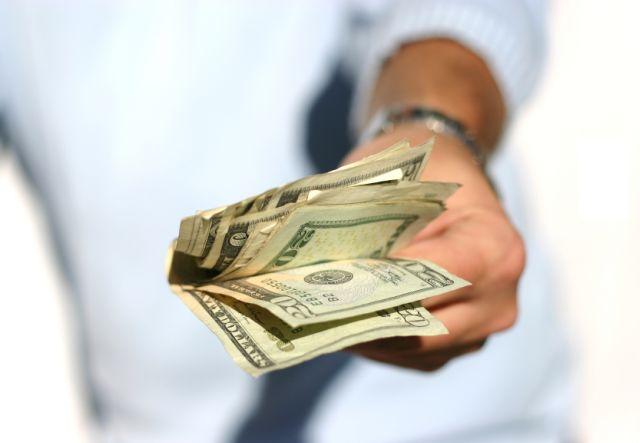 Freelancing: cum îți stabilești prețurile și ai grijă să-ți primești banii