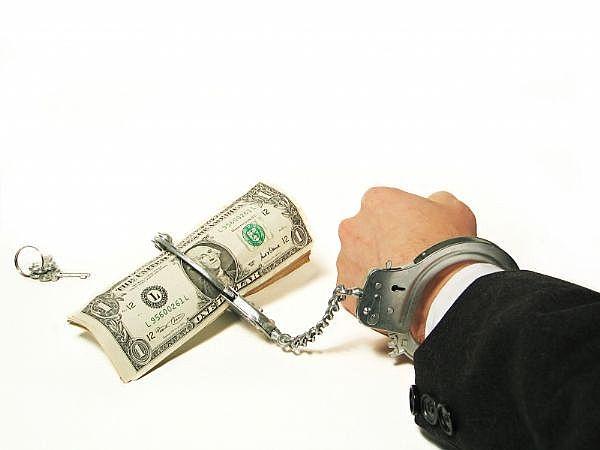 Câteva obieciuri financiare care te vor face să rămâi veșnic dator