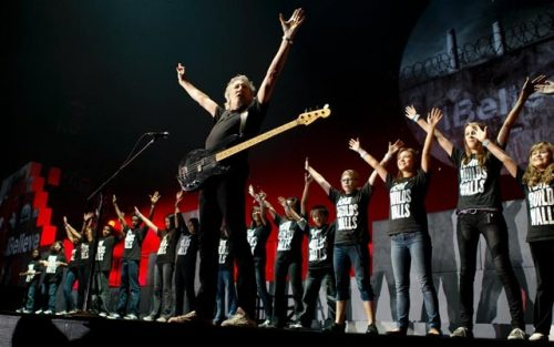 wall-tour-roger-waters